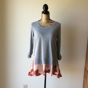 Anthropologie Tops - Anthropologie Little Yellow Button Top